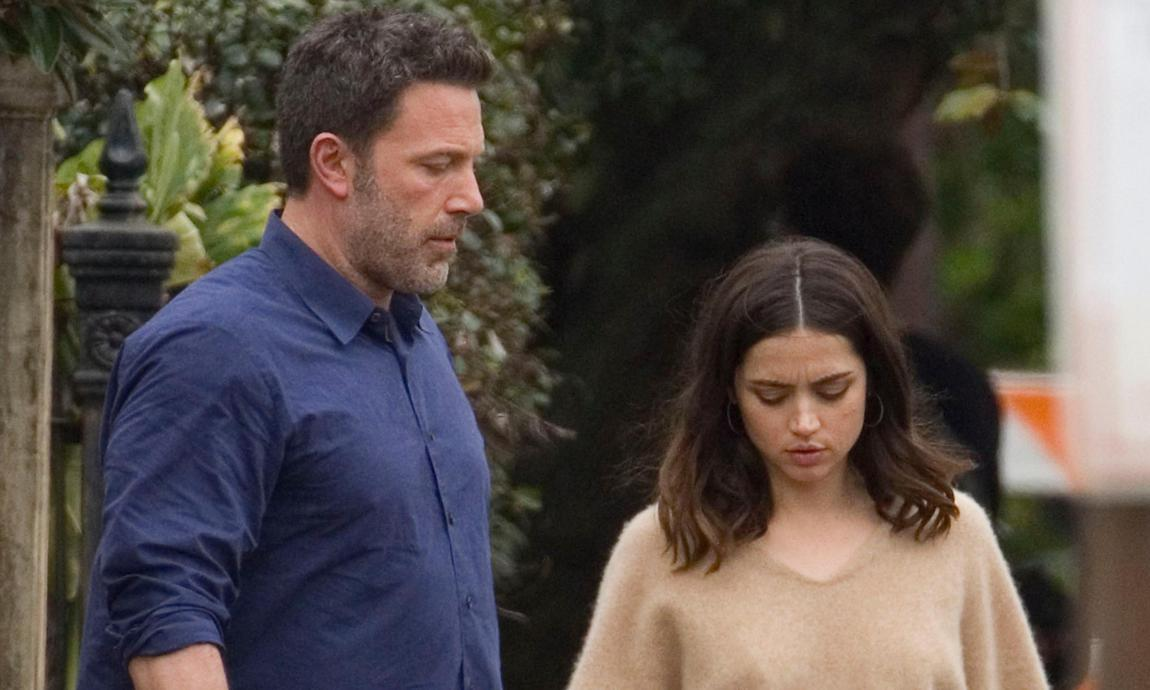Ana de Armas and Ben Affleck
